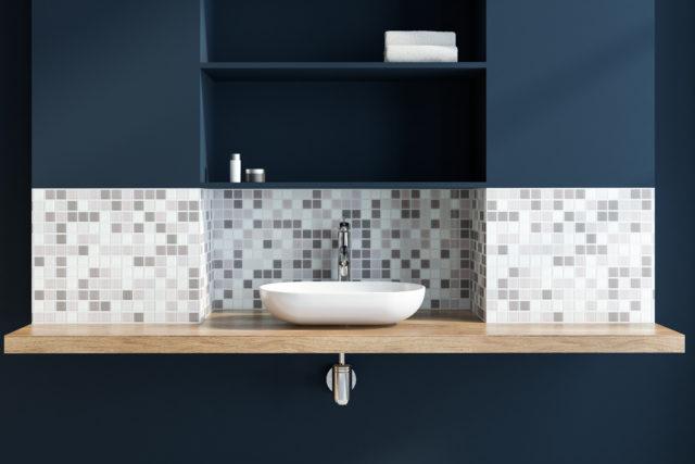 donkerblauw badkamer