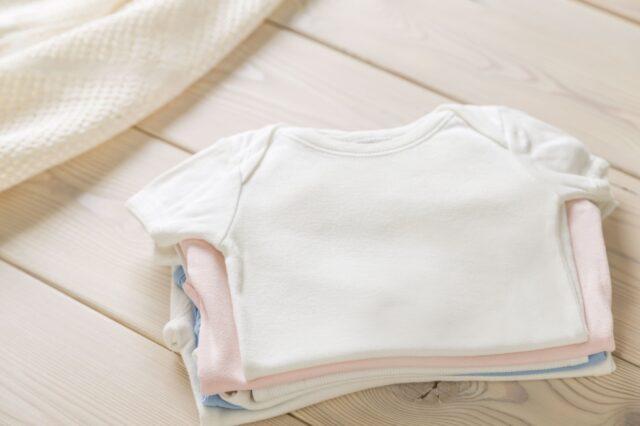 babykleertjes wassen met azijn