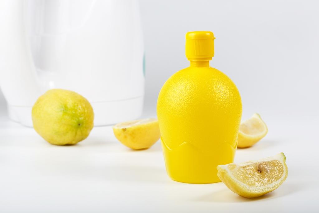 water ontkalken citroen