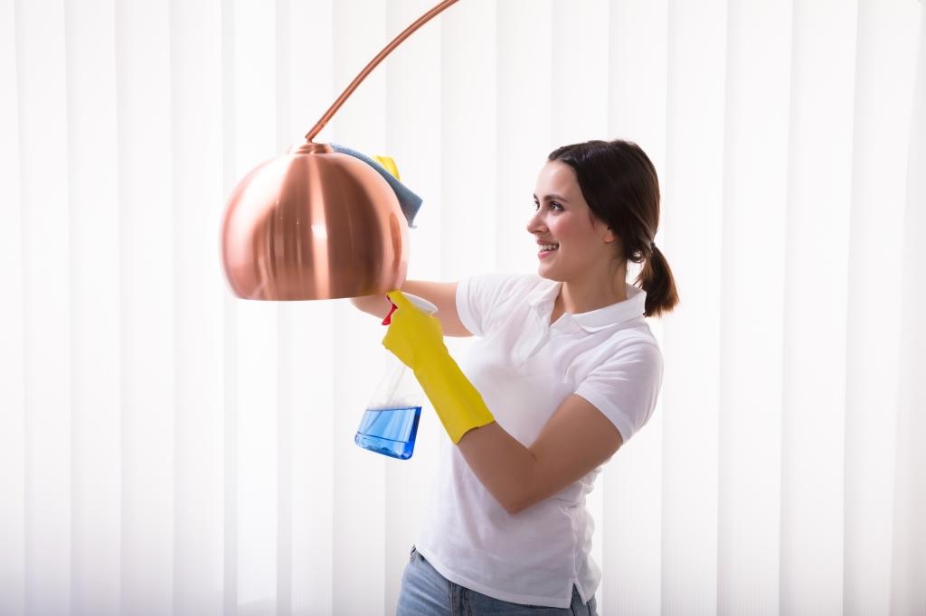 lampen schoonmaken